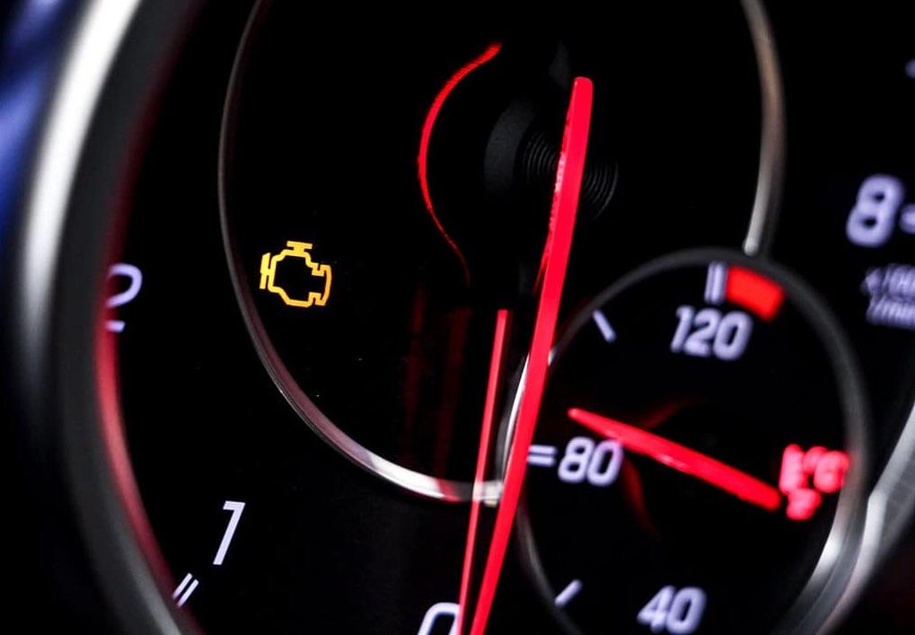 Вопрос какой бензин льёте и горит ли чек енжин | SUZUKI CLUB RUSSIA